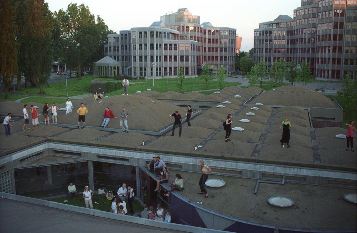 BiA Rooftop dancing 1995